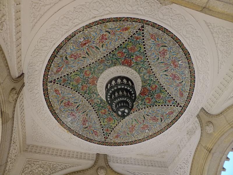 水塔の内側天井部分。モザイクがとても美しい。